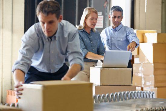 pracownicy transport i logistyka