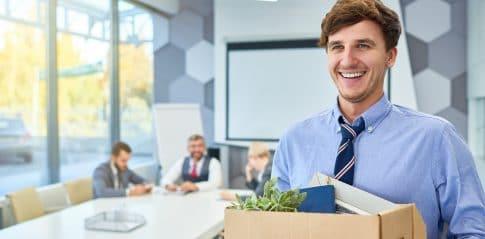 Odchodzi handlowiec, odejście handlowca - jak zabezpieczyć się przed utratą klientów?